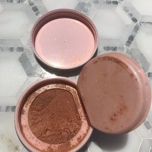Too Faced Setting Powder In Caramel